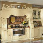 Необычное оформление кухонной мебели