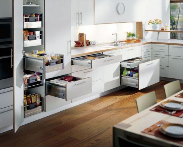 Выдвижные системы для кухонной мебели