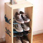 Оригинальная обувница из деревянных досок и каната