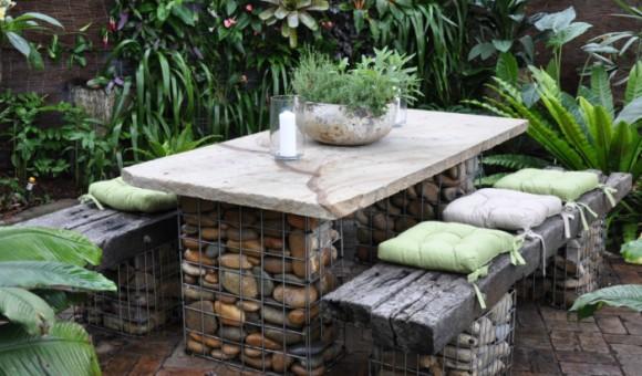 Садовая мебель из камня