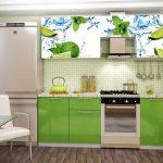 Яркая сочная кухонная мебель