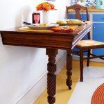 Деревянный консольный столик на кухню