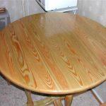 Деревянный самодельный стол под лак