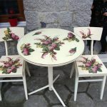 Комплект - стол и стулья после реставрации в технике декупаж