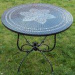 """Кованый стол с мозаикой """"Черный лотос"""""""