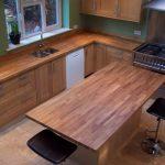 Кухонная столешница и остров из массива дерева