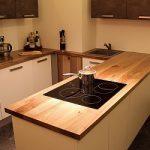 Кухонная столешница из массива дикого ореха