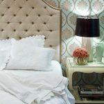 Мягкое изголовье кровати-каретная стяжка в бежевом