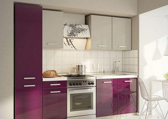 Молочно-фиолетовая кухня