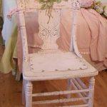 """Розовый стул, декорированный в технике декупаж """"Нежность"""""""