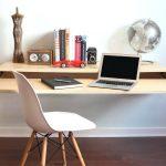 Современный выдвижной консольный столик