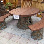 Стол и скамейки из дерева с элементами ковки