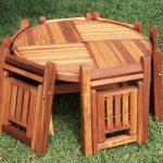 Стол и стулья складные из дерева для дачи
