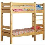 Кровать из брусьев для двоих детей