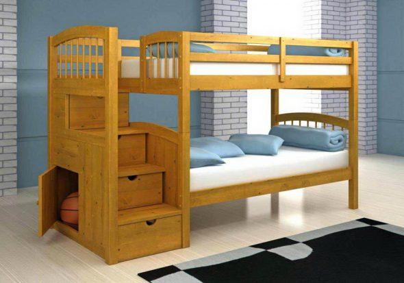 Практичная деревянная двухъярусная кровать