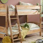 Двухъярусная кровать из мебельного щита