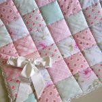 Нежное стеганое лоскутное одеяло для малыша
