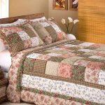 Покрывало на кровать в деревенском стиле