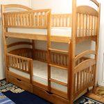 Разборная двухъярусная кровать, которую можно превратить в две одноярусные