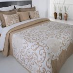 Жаккардовое покрывало - стильный акцент в спальне в стиле минимализм
