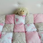 Цветочные элементы одеяла бонбон