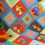 Детское одеяло для мальчика в стиле пэчворк
