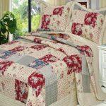 Красивое большое одеяло в стиле пэчворк