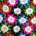 Плед из цветочных элементов своими руками