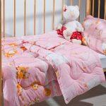 Розовый комплект постельного в кроватку