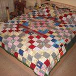 Самодельное лоскутное одеяло-покрывало