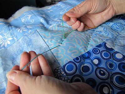 Стежка одеяла вручную