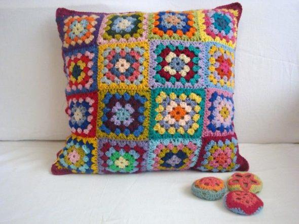 """Подушка """"Разноцветные квадраты"""""""