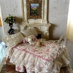 Ажурный комплект на кукольную кроватку