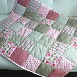Детское лоскутное одеяло для девочки-дошкольницы