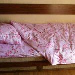 Готовый комплект постельного белья сшитый своими руками