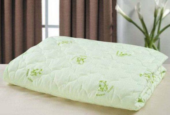 Одеяла из этого материала