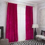 Бархатные шторы малинового цвета