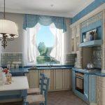 Бело-голубые шторы отлично смотрятся в просторной кухне в тех же тонах