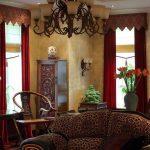 Бордовые шторы - элементы роскоши в интерьере