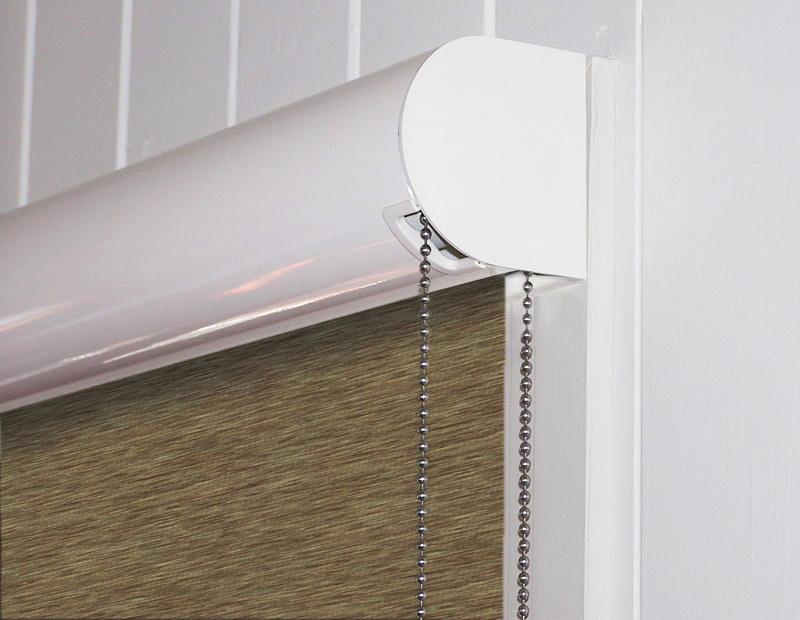Цепочка на кассетной шторе с ручным управлением