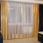 Двухцветные шторы для гостиной