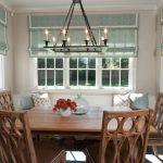 Кухонные стулья с резными спинками из дерева