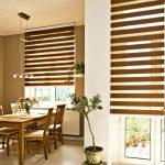Деревянная мебель в столовой частного дома