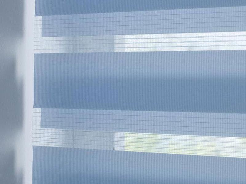 Полосатое полотно шторы день ночь