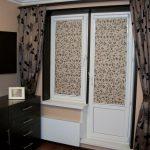 Балконная дверь с кассетной шторой