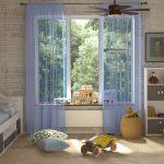 Легкие и воздушные занавески голубого цвета