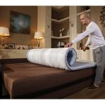 Тонкий матрас на поверхность дивана для защитного и анатомического эффекта