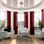 Потолочные бордовые шторы на большие окна в овальную комнату