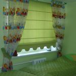 Зеленое покрывало на детской кровати