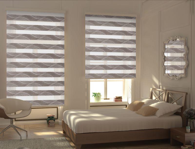 Дизайн спальни с рулонными шторами типа зебра